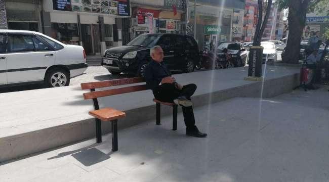 Dinar'da Cumhuriyet Meydanına