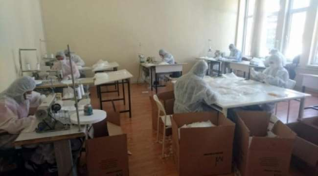 Dinar MYO'dan Günlük 5 Bin Maske Üretimi