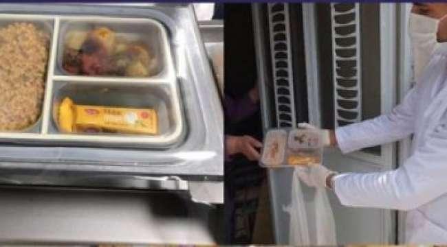 Günde 600 Kişiye Sıcak Yemek ve Sahurluk