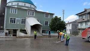İscehisar'da Yarın Kılınacak Olan Cuma Namazı İçin Hazırlıklar Devam Ediyor