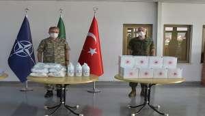 İzmir'deki NATO karargahına koruyucu malzeme desteği