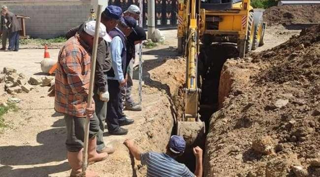 Karaadilli'de kanalizasyon çalışmaları tam gaz