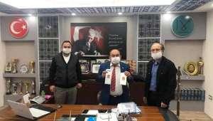 MHP Afyon Milletvekili Taytak Döğer'e Maske Gönderdi