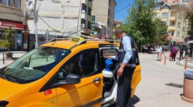 Sandıklı'da Ticari Taksiler Dezenfekte Edildi