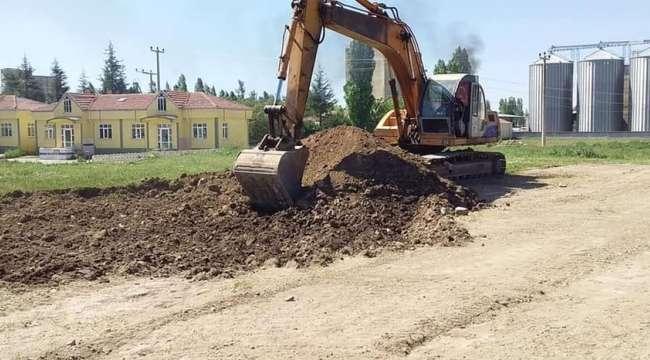 Sandıklı'da yöresel ürünler pazarı inşaatına başlandı