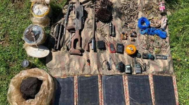 Terör Örgütüne Operasyonda Silah, Mühimmat, Patlayıcı Madde ve Yaşam Malzemesi Ele Geçirildi