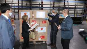 Türkiye'den gönderilen Covid-19 yardımları Kazakistan'a ulaştı