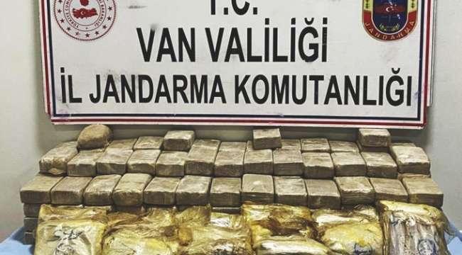 Van'da yüklü miktarda eroin ele geçirildi