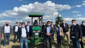 Köksal: Çiftçilerimizi koronadan sonra don vurdu