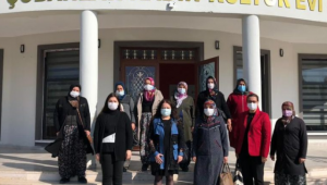 AFSÜ Akademisyenleri Kadın Kültür Evlerinde Eğitim Verdiler