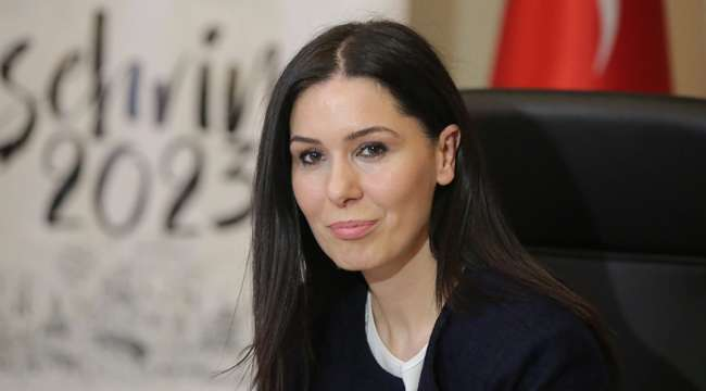 Akparti Genel Başkan Yardımcısı Karaaslan : Kadınlarımız için verilen her mücadele demokrasimizin geleceği için de verilmektedir