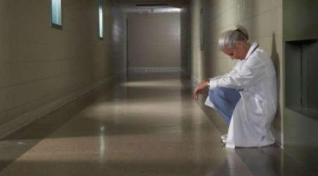 DTB: Hekimlerin COVID-19'dan Gördükleri Zarar Hakkıyla Tazmin Edilmelidir