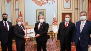 Gazi Mecliste Afyon Rüzgarı