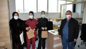 Başkan Şahin'den Sağlık Çalışanlarına 14 Mart Hediyesi