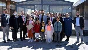 İscehisar'da İstiklal Marşı Güzel Okuma Yarışmasında Dereceye Giren Öğrenciler Ödüllendirildi