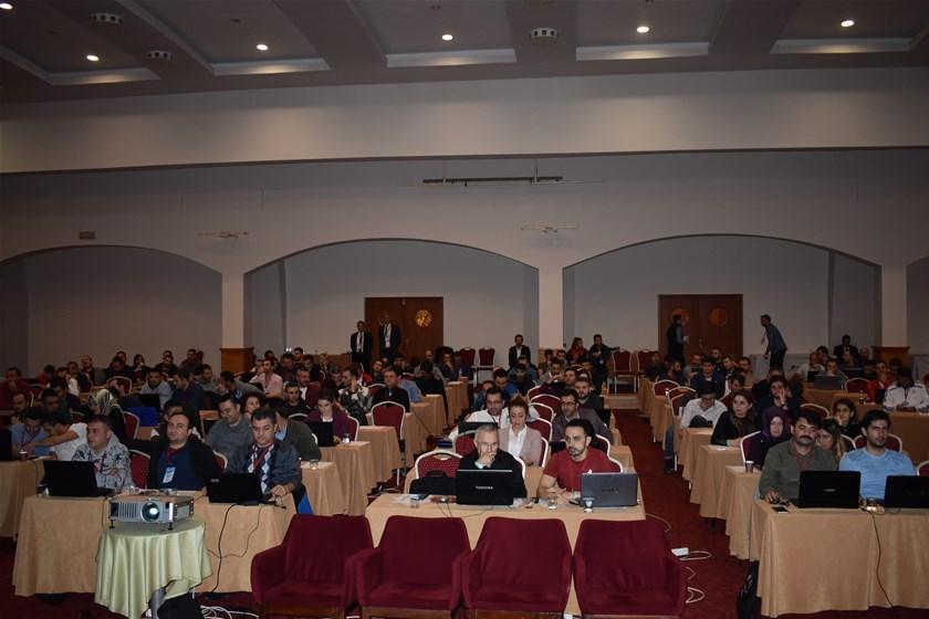 BELGENET Eğitici Eğitmenleri için düzenlenen seminerler devam ediyor.