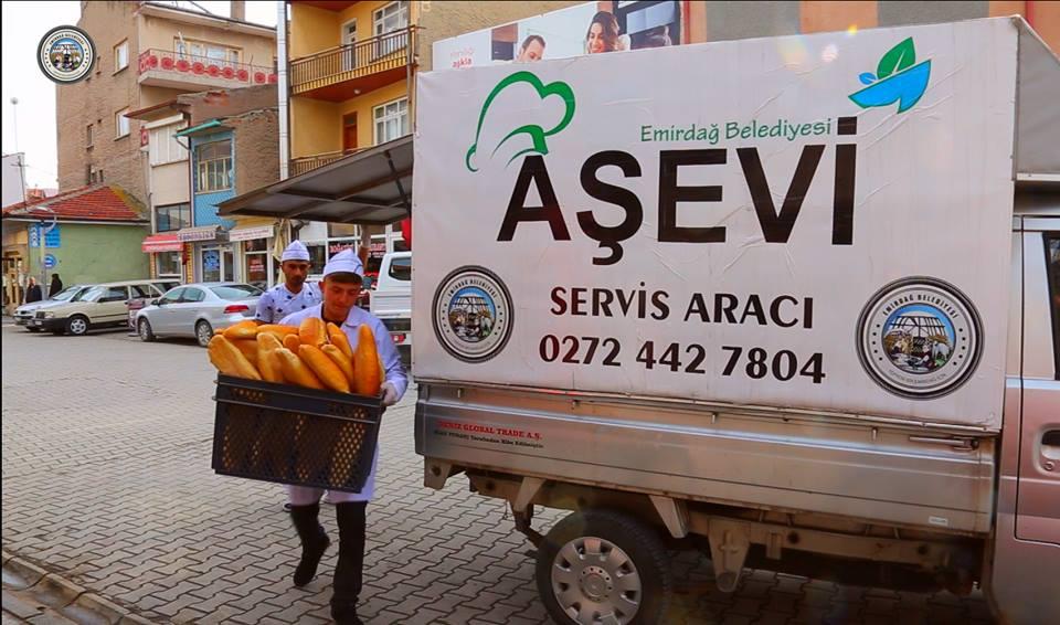 Emirdağ Belediyesi Aşevi 365 Gün Boyunca 650 Kişiye Sıcak Yemek Ulaştırıyor